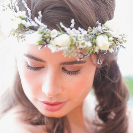 flou(e)r Specialty Floral Events bride floral crown