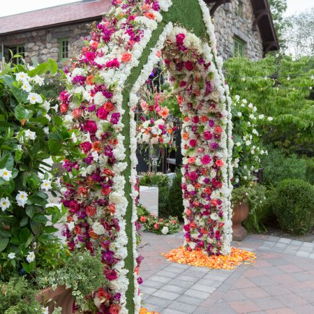 Flou(-e) r_Specialty_Floral_Events_Wedding_Arch_Willowdale_Estate