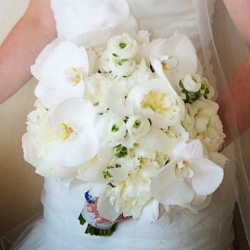 Flou(-e)r_Specialty_Floral_Events_Wedding_Flower_Bouquets_2