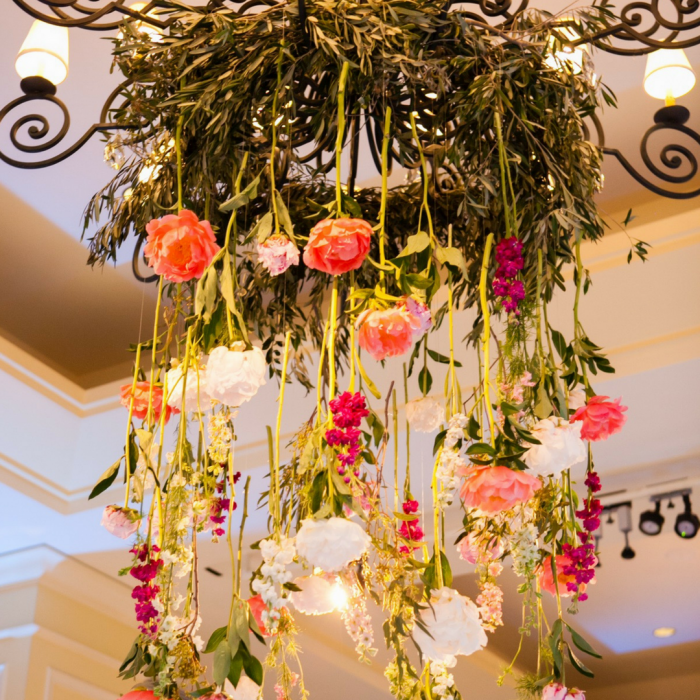 wedding_flowers_floral_chandelier_flouer_specialty_floral_events
