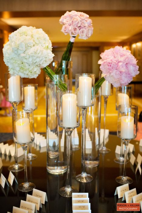flou(-e)r Specialty Floral Events Modern Wedding Centerpiece Style Person Killian Photography