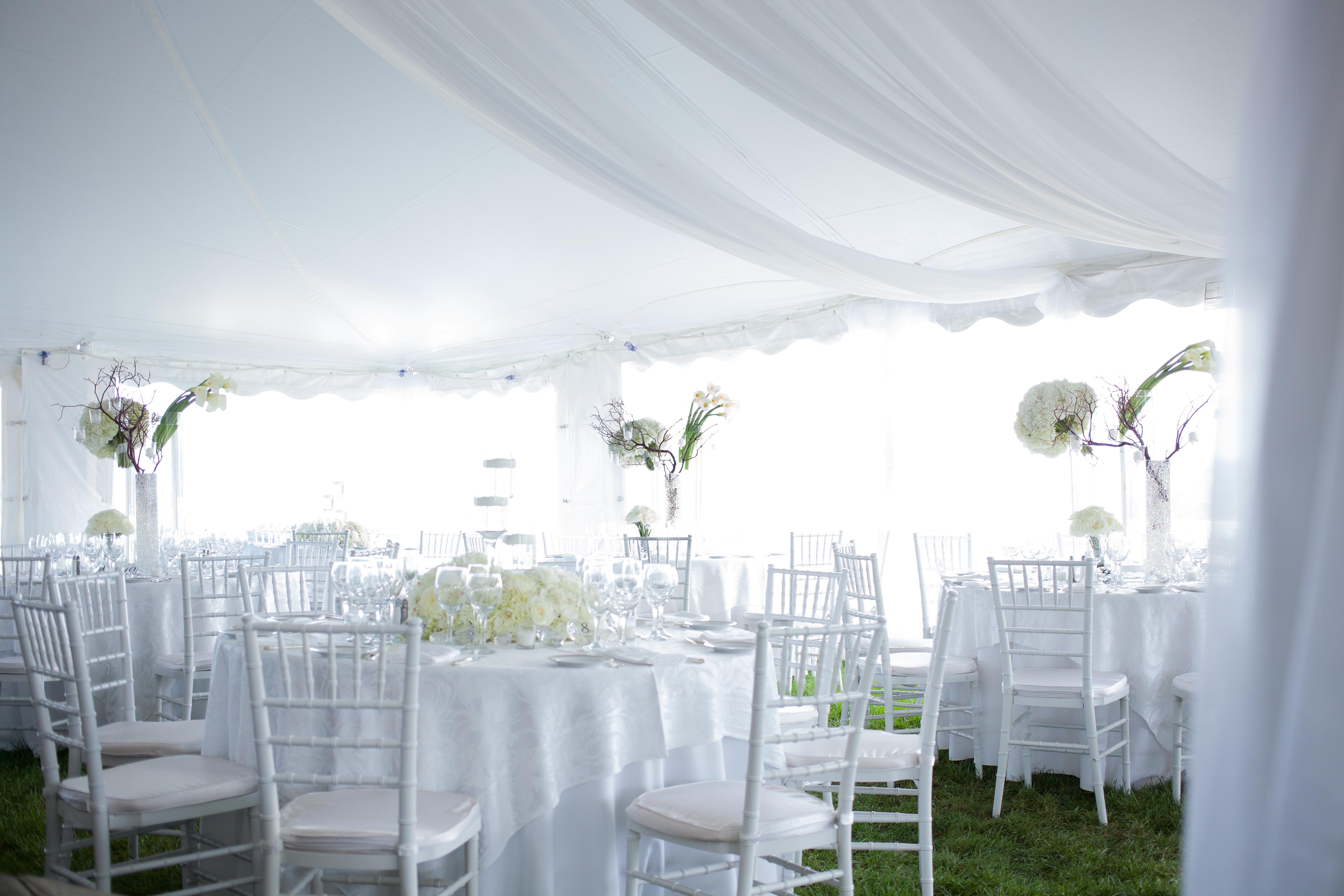 flou(-e)r Specialty Floral Events Crane Estate Tented Wedding