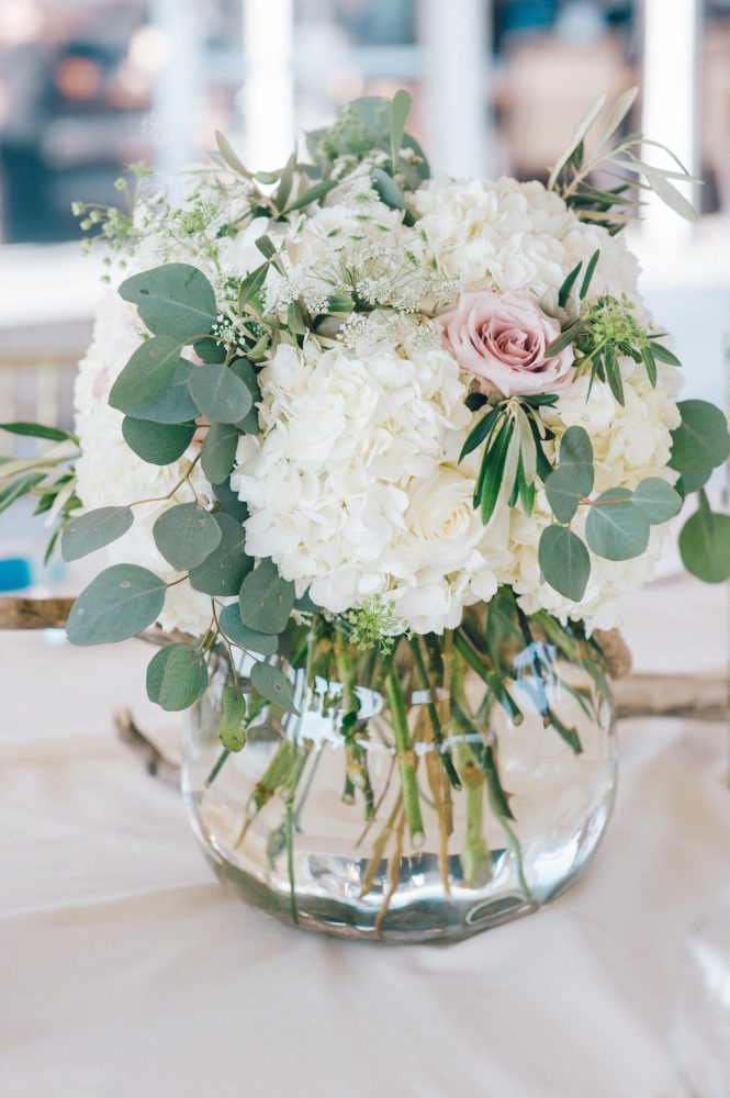 Sultry summer wedding flowers the best florals that beat the heat some of the summer new england classics are the best options for a wilt proof design as are tropical blooms and foliage greens and grasses junglespirit Gallery