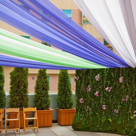 flou(-e)r_specialty_floral_events_floral_wall