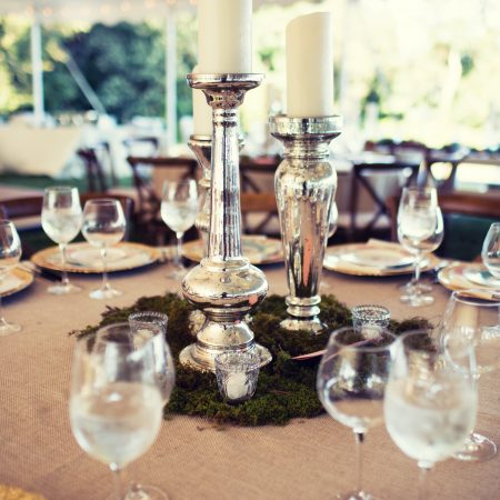 flou(-e)r_specialty_floral_events_pillar_candles_wedding