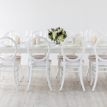 flou(-e)r_specialty_floral_event_minimalist_wedding_style_simple