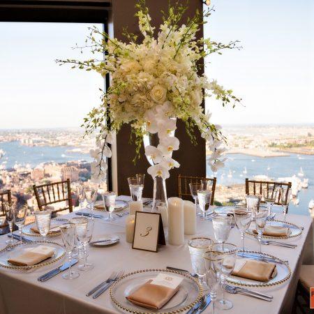 flou(-e)r_specialty_floral_events_wedding_flower_centerpiece_inspiration