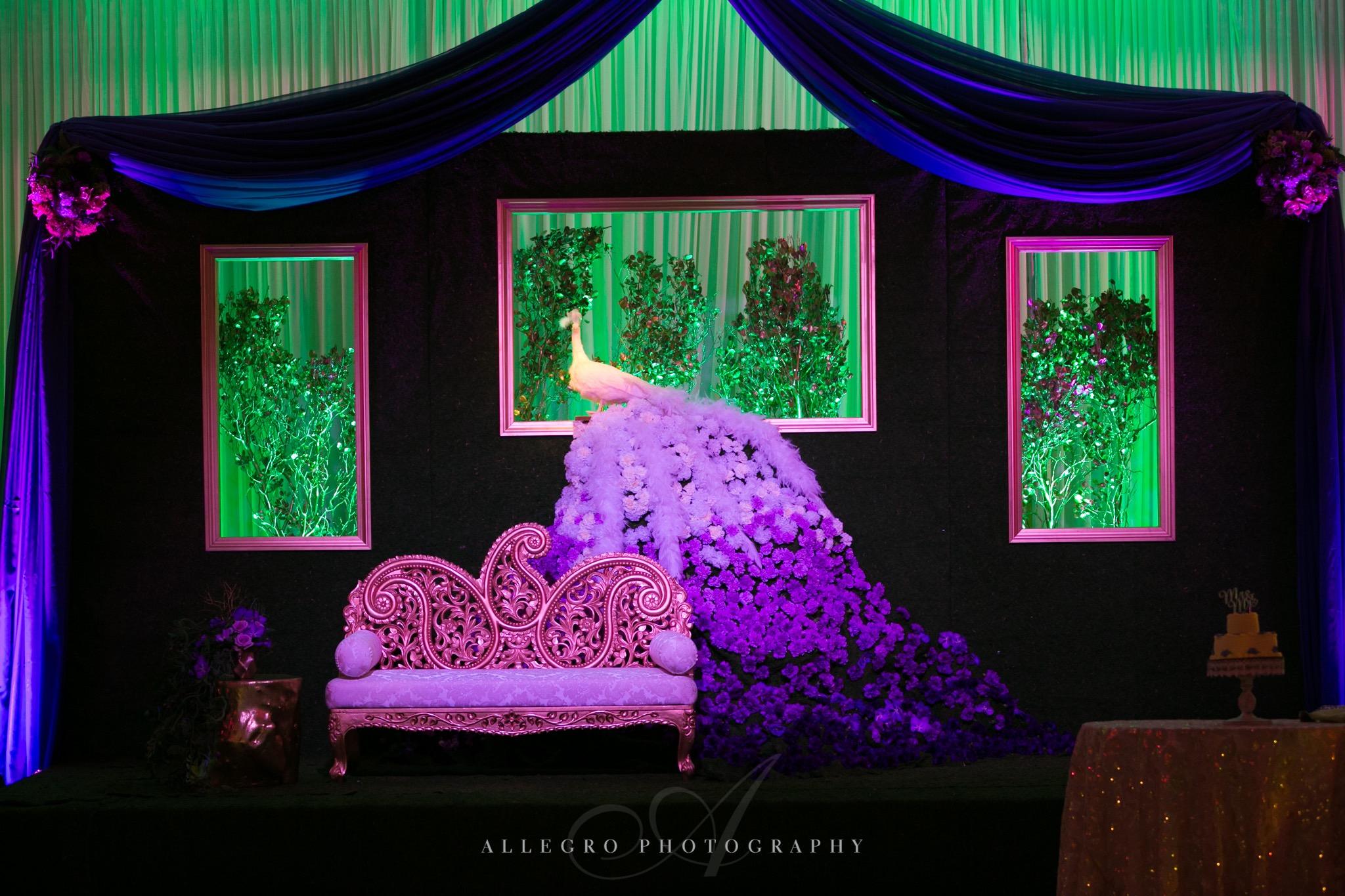 flou(-e)r_specialty_floral_events_wedding_flower_design_inspiration