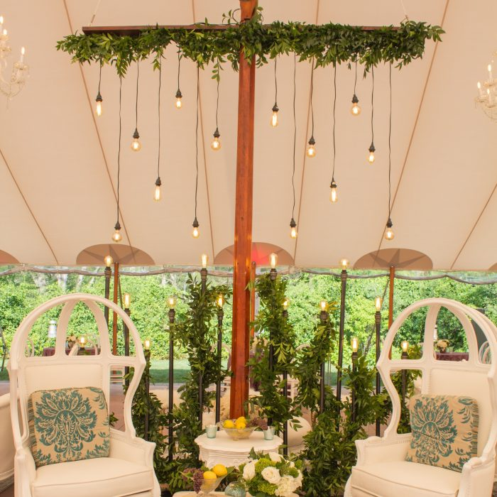 flou(-e)r_specialty_floral_events_wedding_trends_suspended_flower_installation_Boston