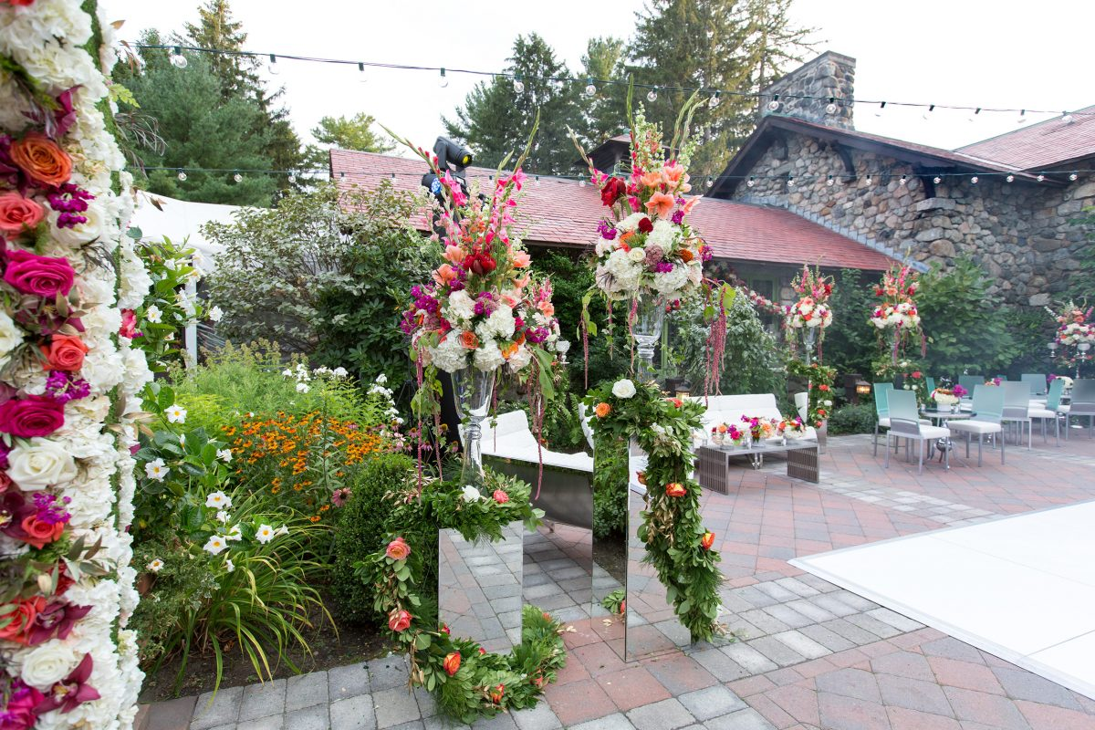 Willowdale Wedding Patio