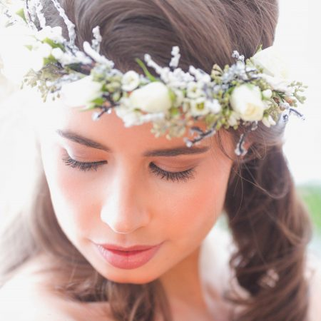 flou(e)r Specialty Floral Events bride floral crown