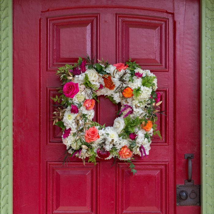 Flou(-e) r_Specialty_Floral_Events_Wedding_Floral_Wreath_ Willowdale_Estate