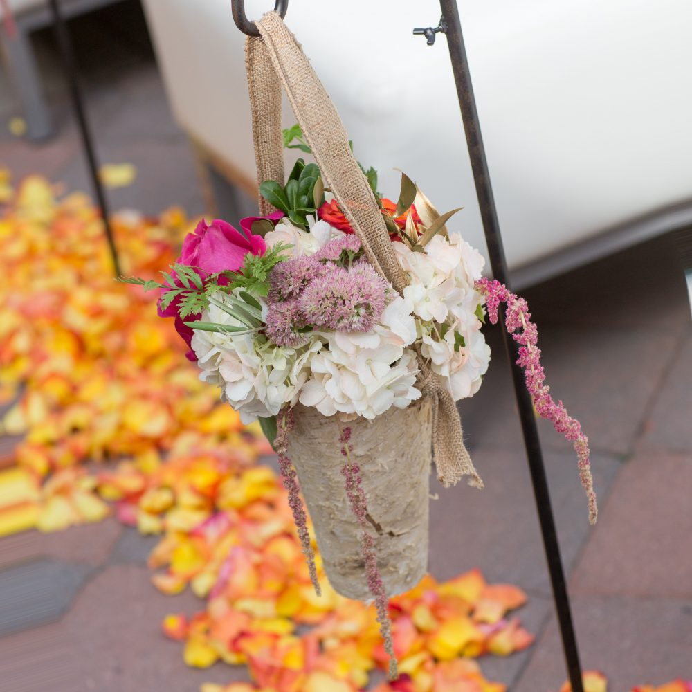 Flou(-e) r_Specialty_Floral_Events_Wedding_Ceremony_Flowers_Willowdale_Estate