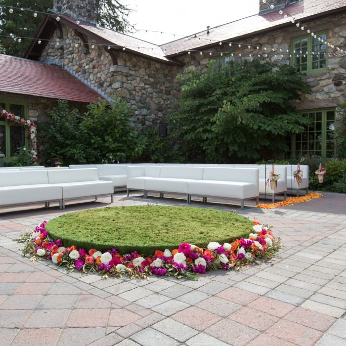 Flou(-e) r_Specialty_Floral_Events_Wedding_Ceremony_Flowers_Willowdale_Estate_3