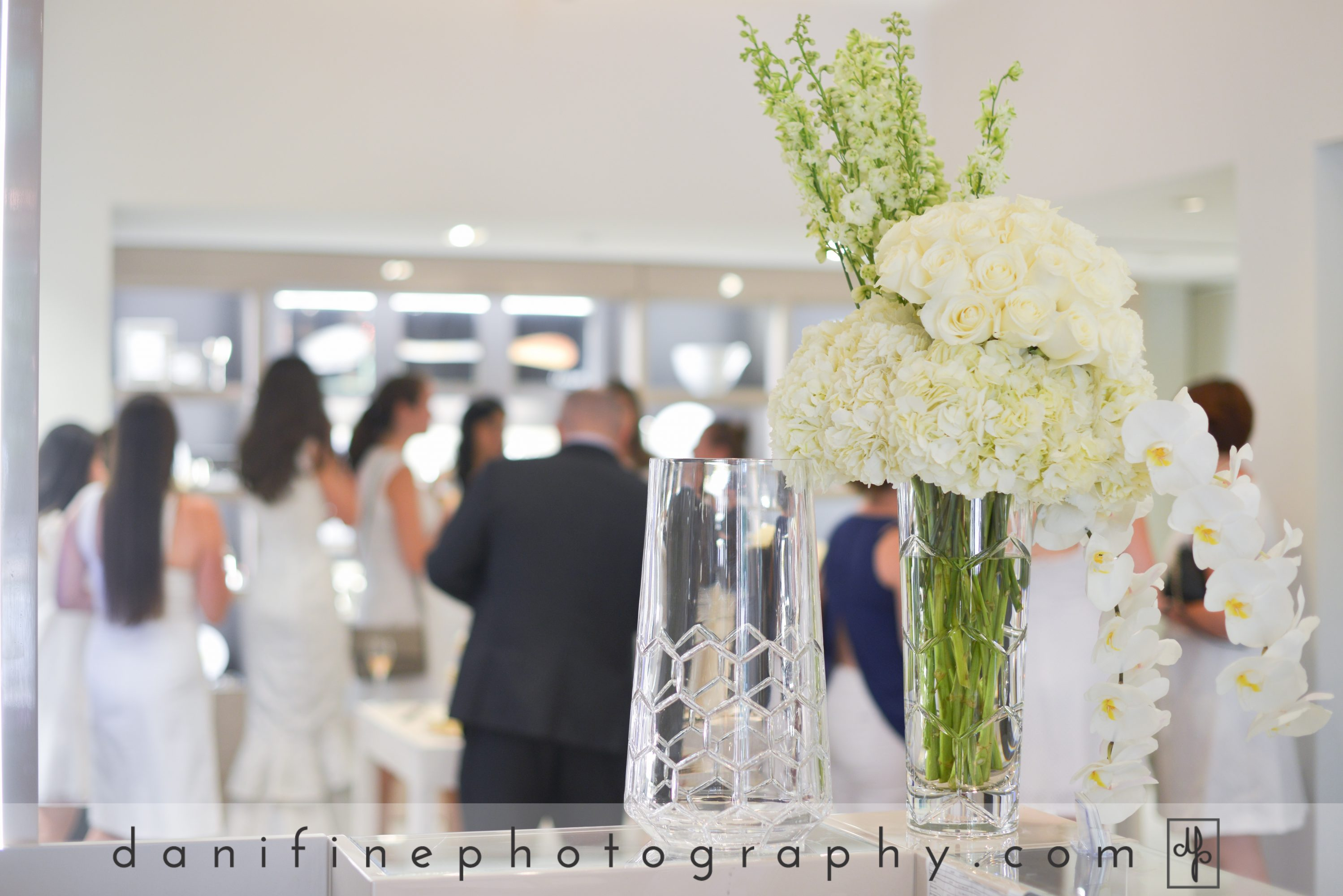 Flou(-e)r_Specialty_Floral_Events_Christolfe_White_Party