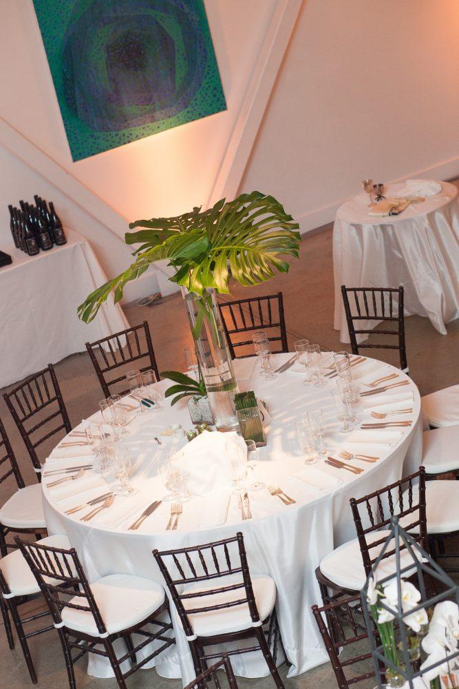 flou(-e)r Specialty Floral Events Contemporary Wedding Centerpiece Style