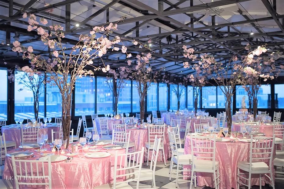 flou(-e)r Specialty Floral Events Wedding_Centerpiece Style Taj Boston Wedding Leah Haydock Photography