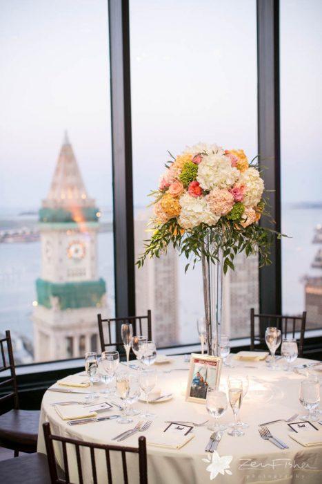 flou(-e)r Specialty Floral Events Traditional Wedding Centerpiece