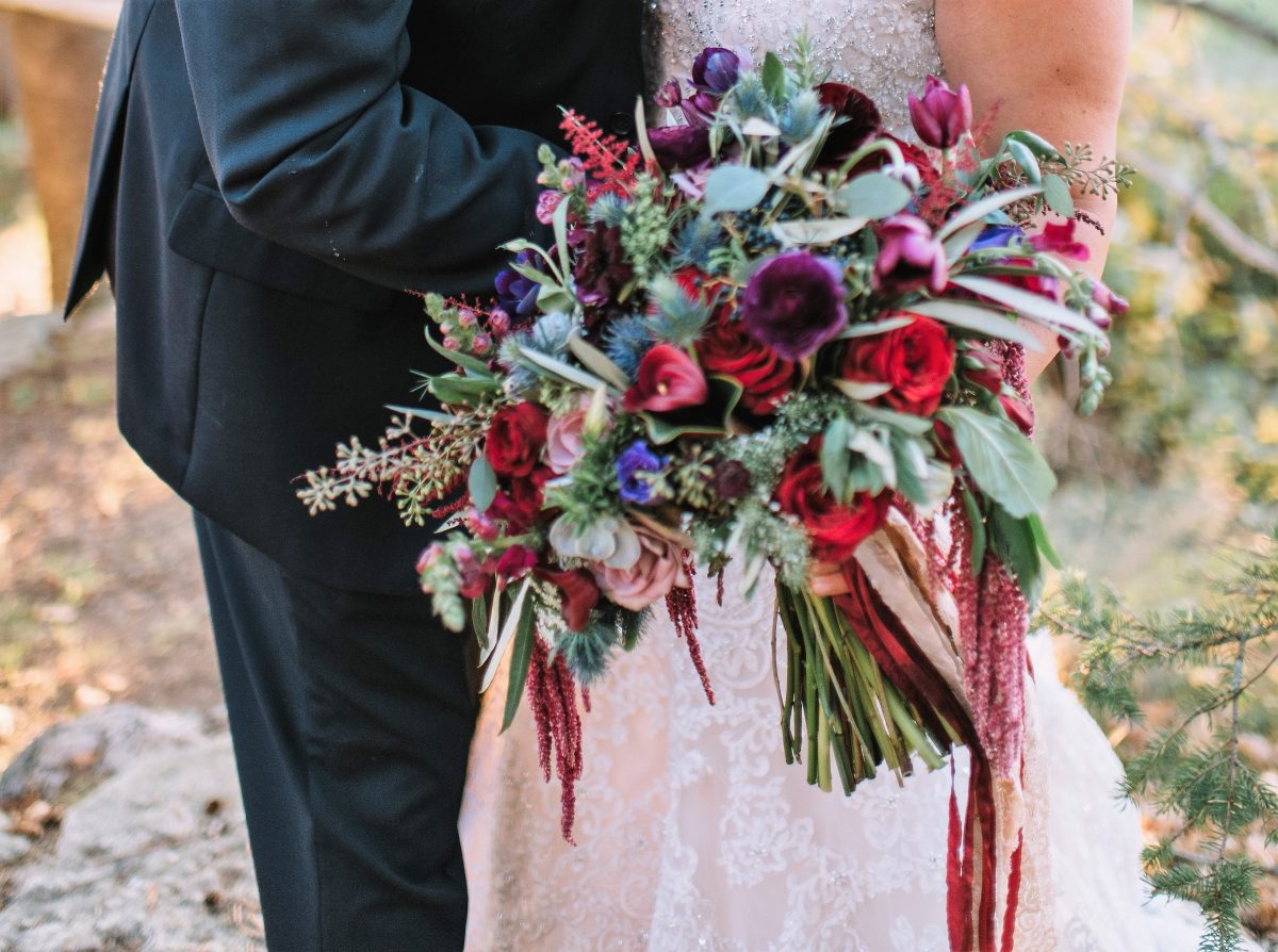 flou(-e)r specialty floral events oversized wedding bouquets