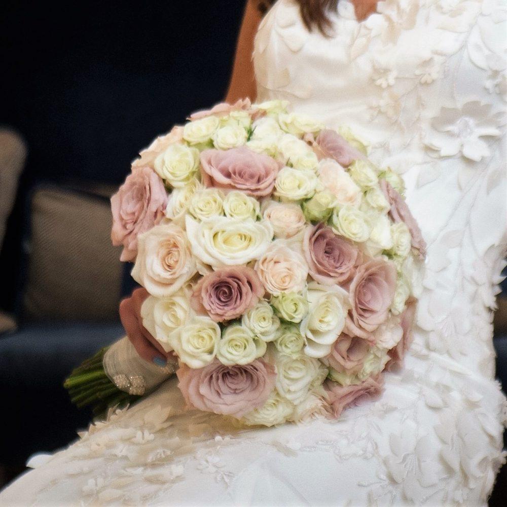 Wedding Trend: Dramatically Oversized Wedding Bouquets – Flou(-e)r ...
