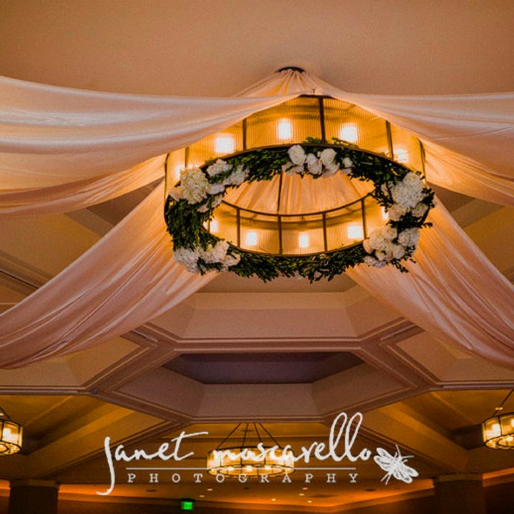 flou(-e)r_specialty_floral_events_boston_wedding_flowers