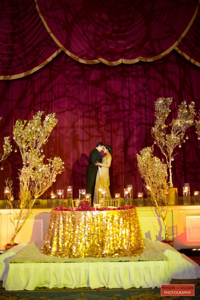 flou(-e)r_specialty_floral_events_candlelight_sweetheart_table