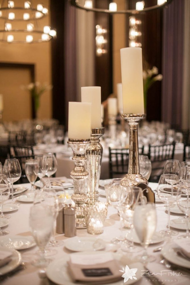 flou(-e)r_specialty_floral_event_minimalist_wedding_style_candles