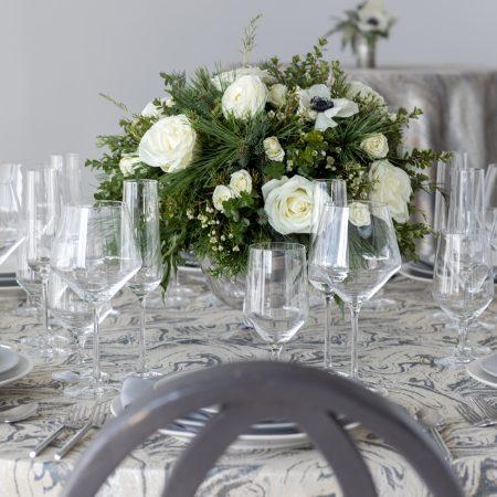 flou(-e)r_specialty_floral_events_wedding_trends_Chrome_Navy_Boston_2