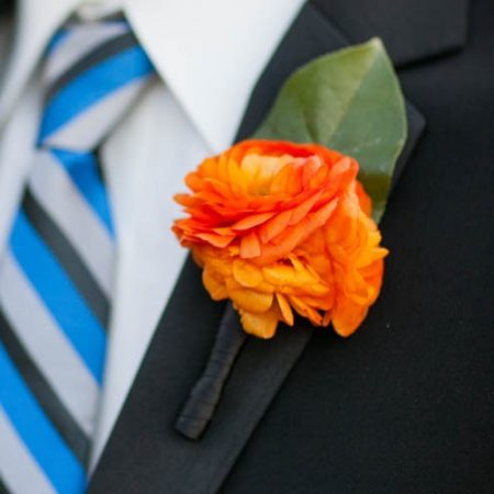 flour_specialty_floral_events_boston_wedding_flowers_boutonniere_style_modern_Zev_Fisher_Photography