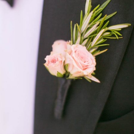 flour_specialty_floral_events_boston_wedding_flowers_boutonniere_style_romantic_Zev_Fisher_Photography