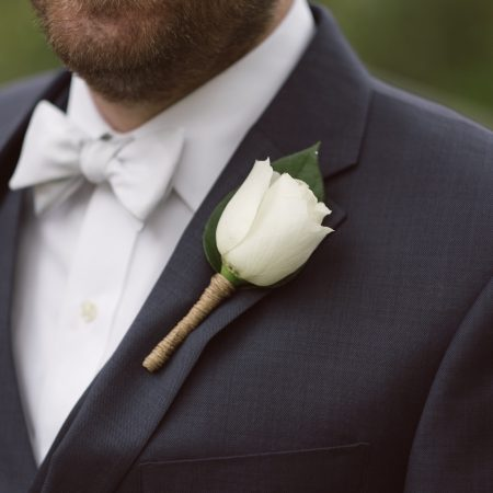 flour_specialty_floral_events_boston_wedding_flowers_boutonniere_style_traditional_2