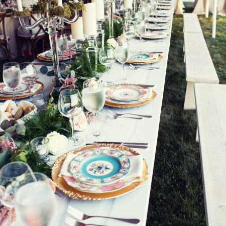 flou(-e)r specialty floral events summer wedding flower inspiration green rustic tablescape