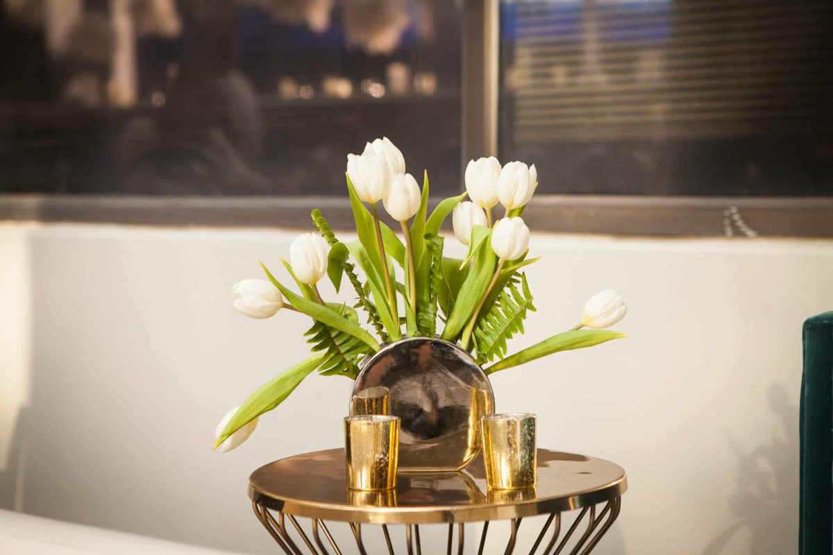 Lounge Floral Décor